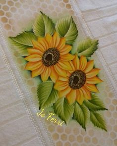 Easy Canvas Painting, Acrylic Painting Techniques, Silk Painting, Fabric Painting On Clothes, Fabric Paint Designs, Hand Painted Fabric, Oil Pastel Drawings, Hand Embroidery Patterns, Flower Art
