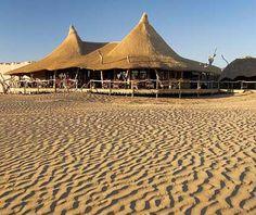 http://static2.travelandleisure.com/images/amexpub/0006/1648/little-kulala-safari-200906-ss.jpg #Namibia Little Kuala Lodge!