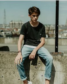 Will Franklyn-Miller ( Trendy Boy Outfits, Outfits For Teens, Cool Outfits, Trends For Teen Boys, Young Fashion, Kids Fashion, Men's Fashion, Young Men Haircuts, William Franklyn Miller