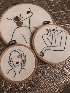 Diy Embroidery Shirt, Flower Embroidery Designs, Creative Embroidery, Simple Embroidery, Hand Embroidery Stitches, Embroidery Hoop Art, Luxury, Punch, Crafts