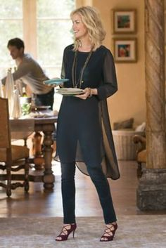 Relaxed Elegance Tunic from Soft Surroundings.  Looks really good with long turquoise necklace.