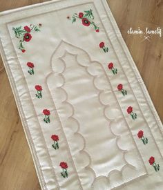 Pot Holders, Lily, Embroidery, Fashion Dresses, Crossstitch, Needlework, Hot Pads, Trendy Dresses, Potholders