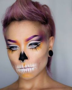 Ok, so it's possible to have a completely badass Halloween makeup and stylish at the same time. | 15 maquillages d'Halloween à la fois beaux et impressionnants