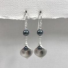 Dark Teal Earrings, Calla Lily Earrings, Wedding Earrings, Teal Wedding Earrings, Mother of the Bride Gift, Bridesmaid Gift Earrings