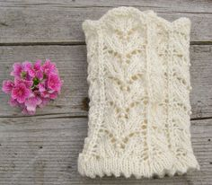 White knit lace wrist warmers. Fingerless wool by echocraftings