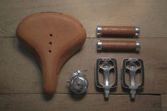 #amsterdam #bicycles #veloretti #velorettiamsterdam #design #bike #netherlands #dutch #designbike ##amsterdam #bicycles #veloretti #velorettiamsterdam #design #bike #netherlands #dutch #designbike #accesories #bicyclebell #bell #tring #bicycleaccesories #handlenbars #saddle