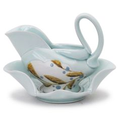 Shop: Gravy Boat and Saucer - The Clay Studio Gravy Boats, Clay Studio, Ceramic Design, Tea Pots, Pottery, Ipad, Shopping, Art, Ceramica