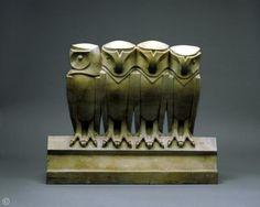 Édouard Marcel Sandoz Frise de chouettes   Taille directe, marbre jaune de Sienne    1911