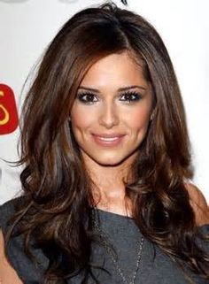 Cheryl Cole - love her hair color Chestnut Brown Hair, Corte Y Color, Long Brown Hair, Dark Brown Hair With Low Lights, Dark Brown Hair Rich, Brown Eyes, Brown Hair For Fall, Dark Fall Hair, Big Brown