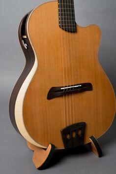 Rare Guitars, Fender Guitars, Vintage Guitars, Acoustic Guitars, Guitar Diy, Jazz Guitar, Cool Guitar, Resonator Guitar, Guitar Tutorial