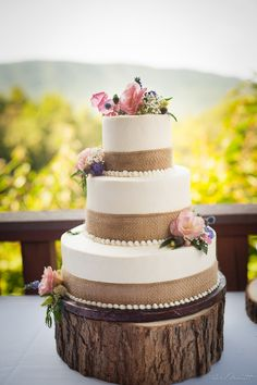 Burlap and Wildflowers Cake -More wildflowers though!