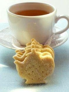 Tea:  Teapot shortbread for #tea time.
