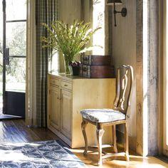 Napa Valley, California home interior Cottage Entryway, California Homes, Napa California, Entry Way Design, Contemporary Home Decor, Napa Valley, Home Decor Inspiration, Design Inspiration, Houses