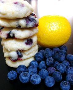 Blueberry Lemon Cookies    http://mskarlibrae.tumblr.com/post/20414549347/long-time-no-tumbls