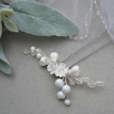 Simple Bridal Pin