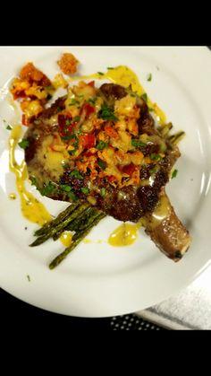 Ribeye Steak w/ Asparagus Topped w/ Lobster (Cinclare) Thibodaux, LA Asparagus, Steak, Foods, Beautiful, Food Food, Studs, Food Items, Steaks
