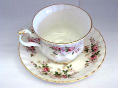 Moss Rose Childs Tea Set | Set of 6 Royal Albert Heirloom Bone China Tea Cups and Saucers. Shabby ...
