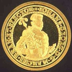 Small gold coin 2007 in coin capsule, 2 g, 1.7 cm, in very fine.  Dealer Badisches Auktionshaus  Auction Starting Price: 45.00EUR