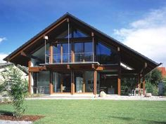 Chalet Design, Chalet Style, Style At Home, Alpine Hotel, Log Cabin Homes, Dream Home Design, Metal Buildings, Metal Homes, Prefab Homes