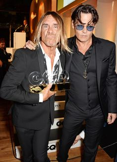 Johnny Depp & Iggy Pop| Iggy recognized as the Icon that he is, fabulous! Annnnnd, hes still a sexy old beast <3