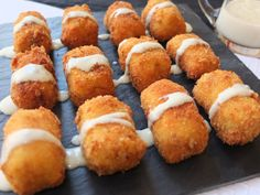 La cocina de Lola: Croquetas de pollo y jamón al Roquefort.