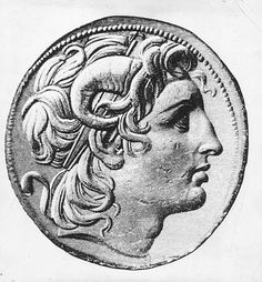 Circa 330 BC, Alexander the Great, King of Macedonia wearing horns on his head. Get premium, high resolution news photos at Getty Images Ancient Egyptian Art, Ancient Aliens, Ancient Greece, Ancient History, Middle Ages History, Elgin Marbles, Alexandre Le Grand, Egyptian Mummies, European History