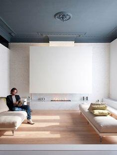 Peindre un plafond en gris bleu dans salon design