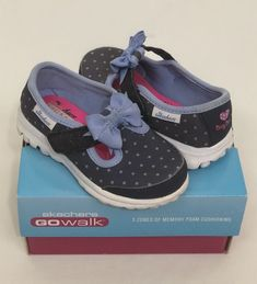 854ea58e3c0d6 Skechers Go Walk Memory Foam Shoes Girls 7M Dotty Dazzle Polka Dots Navy  Blue