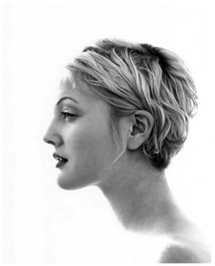 celebrity portraits by Herb Ritts - Drew Barrymore Cute Short Haircuts, Cute Hairstyles For Short Hair, Pixie Hairstyles, Short Hair Cuts, Curly Hair Styles, Wedding Hairstyles, Pixie Cuts, Wavy Pixie Cut, Wavy Pixie Haircut