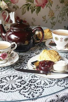 The best tea room in Edinburgh, Scotland. Clarinda's Tea Room has the most amazing scones and cakes. This place is also good for breakfast, lunch and afternoon tea. I highly recommend it!
