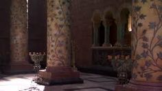Red keep throne room War Of Thrones, Game Of Thrones King, Game Of Thrones Locations, Anime Places, King's Landing, Throne Room, Iron Throne, Briar Rose, Princess Aesthetic