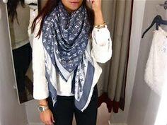 Louis vuitton scarf ❤️