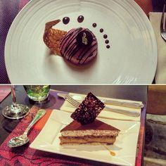 Douceurs sucrées du menu du jour à #lacloseriedijon. En haut, Parfait glacé cassis et pain d'épices. En bas, Entremets tiramisu. #bourgogne #cotedor #dijon #dessert #desserts #restaurant #food #icecream #tiramisu
