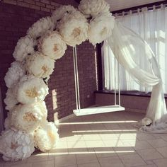 The wedding is the most romantic and warmest event. The wedding scene should also be decorated with beautiful decorations. Wedding decorations with flowers are the best choice for most brides and grooms. How to decorate Read more… Wedding Scene, Diy Wedding, Wedding Ceremony, Dream Wedding, Wedding Venues, Wedding Paper, Large Paper Flowers, Giant Paper Flowers, Flower Decorations