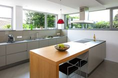 House in Meerbusch is a private residence designed by Holle Architekten