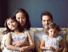 Portraits of Households Around the US Explore the Universal Spirit of Family - My Modern Met