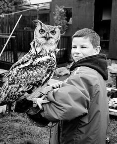 This kid is my hero. Just sayin', Owl Habitat, Bird People, Horned Owl, Great Photographers, Woodland Creatures, Best Friends Forever, Magnum Photos, Cool Photos, Cute Animals