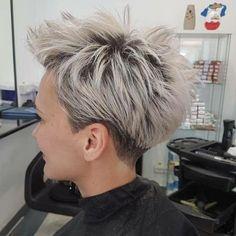 Silber Pixie Frisuren