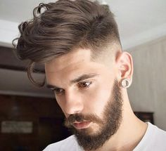 Top 100 Men's Hairstyles & Haircuts for Men - Hairstyle Man Top Hairstyles For Men, Popular Mens Hairstyles, Hairstyles Haircuts, Trendy Hairstyles, Popular Haircuts, Medium Hairstyles, Natural Hairstyles, Wedding Hairstyles, Cool Haircuts