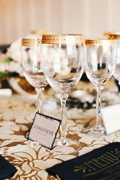 Great Gatsby Birthday Party/black & gold theme for cons Great Gatsby Theme, Great Gatsby Wedding, Art Deco Wedding, Dream Wedding, 40th Birthday Party Themes, 40th Bday Ideas, 25th Birthday, Birthday Ideas, Black And Gold Theme