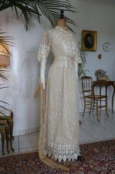 Edwardianisches Hochzeitskleid, datiert 4. September 1912