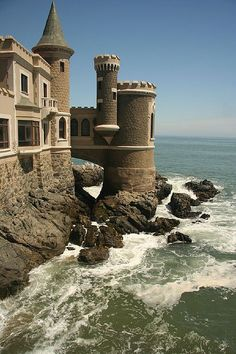 Castillo Wulff - Viña del Mar, Chile - living on the edge, imagine the build, trying to get the concrete to set!