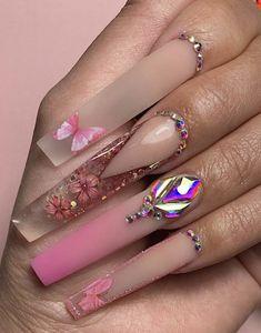 Acrylic Nails Coffin Pink, Colored Acrylic Nails, Clear Acrylic Nails, Acrylic Nail Designs, Dior Nails, Bling Nails, Elegant Nails, Stylish Nails, Claw Nails