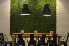 Freshii Restaurant_Puerto Rico_Communal Table_Industrial Pendants