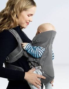 Stokke ergonomic and hip healthy MyCarrier baby carrier in Athleisure Grey