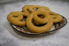 Il pane dolce delle grandi occasioni: Cocconeddos di Lula, NU Italian Street Food, Onion Rings, Biscotti, Dolce, Ethnic Recipes, Pains, Gastronomia, Recipes, Onion Strings