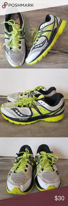 low priced 35368 324a0 Saucony Triumph Sneakers Neon Black White Read Des Mens Saucony Triumph ISO  White Black