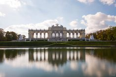 Spend 3 days in Vienna with this fantastic Vienna itinerary full of enjoyment and action. A practical guide to visiting Vienna and its greatest sights Vienna, Louvre, Mansions, House Styles, Day, Building, Travel, City, Vacation