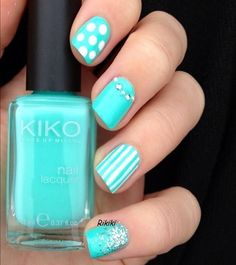 Pictures of Blue Nail Art Designs 2019 - Nails C Fabulous Nails, Gorgeous Nails, Pretty Nails, Hair And Nails, My Nails, Teal Nails, White Nails, Nails Turquoise, Green Nails