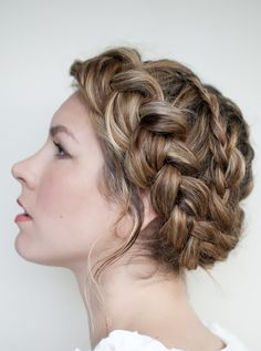 Traditional Dutch Hairstyle 1.1